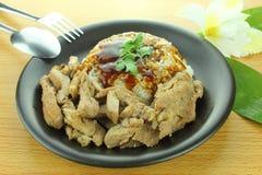 Grisköttbiff med ris Arkivfoto