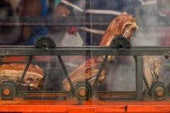 Grisköttbuk som grillas Royaltyfri Bild