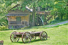 Gristmill & furgon obrazy stock