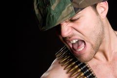 Gritando o homem do exército Imagem de Stock