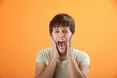 Gritar para fora ruidosamente Fotografia de Stock Royalty Free