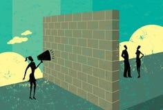Gritaria em uma parede de tijolo Imagem de Stock