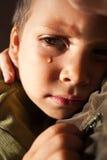 Griterío triste del niño Imagenes de archivo