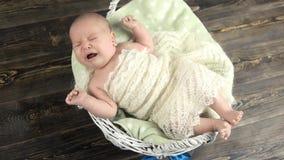 Grito caucasiano do bebê filme