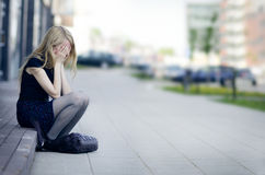 Grito da menina da tristeza Imagem de Stock Royalty Free
