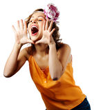 Grito e grito louros novos da mulher Fotografia de Stock