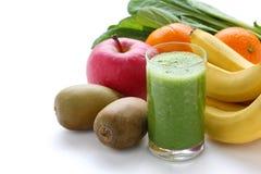 grön smoothie Royaltyfria Bilder
