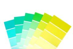 Grün zu den blauen Farbenlackchips Lizenzfreie Stockbilder