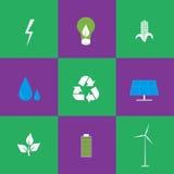 Grüne Energie- und Wiederverwertungsikonen eingestellt Lizenzfreie Stockfotos