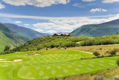 Grüne Golf cours Stockfotos