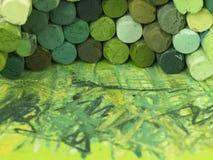 Grüne Zeichenstifte Stockfotografie
