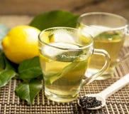 Grüner Tee mit Zitrone Lizenzfreies Stockbild