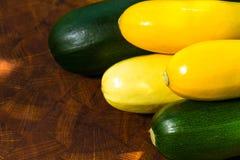 Grüner und gelber Eierkürbis Lizenzfreie Stockfotografie
