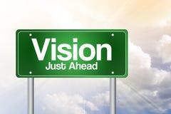 Grönt vägmärke för vision precis framåt Royaltyfri Foto