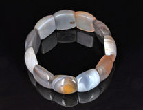 Grânulos lisos do bracelete Fotos de Stock Royalty Free