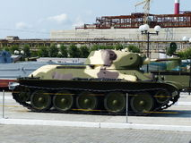 Górny Pyshma Rosja, Lipiec, - 2, 2016: Radziecki średniego zbiornika T-34-76 arr 1940 czasy druga wojna światowa Obrazy Stock