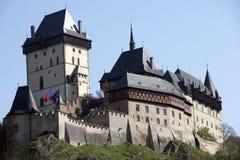 Großartige Ansicht des Karlstejn Schlosses Lizenzfreie Stockbilder