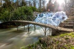 Großartige Kaskade und Wasserfälle von Blenheim-Palast in Oxfordshire, Lizenzfreie Stockfotografie