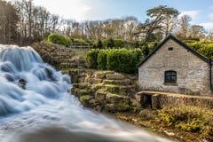 Großartige Kaskade und Wasserfälle von Blenheim-Palast in Oxfordshire, Lizenzfreies Stockbild