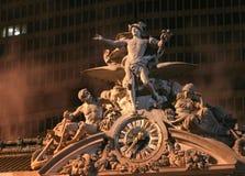 Großartige zentrale Statue Stockbilder