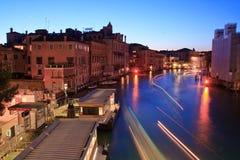 Großartiger Kanal von der Accademia Brücke, Venedig Stockfotografie