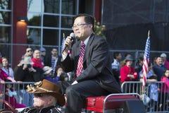 Großartiger Marshall Mike Fong, 115. goldenes Dragon Parade, Chinesisches Neujahrsfest, 2014, Jahr des Pferds, Los Angeles, Kalif Stockbilder