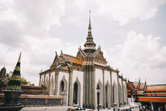 Großartiger Palasttempel in Thailand lizenzfreies stockbild