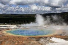 Großartiger prismatischer Frühling in Yellowstone Stockbilder
