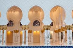 Großartiger Sheikh Zayed Mosque bei Sonnenuntergang, Abu Dhabi, UAE Stockfotos