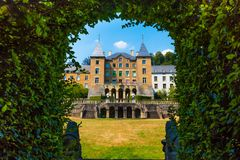 Großartiges-Château d'Ansembourg, Luxemburg, Europa lizenzfreie stockbilder