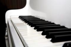 Großartiges Klavier lizenzfreie stockbilder