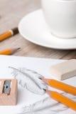 Großaufnahme von Künstler ` s oder Designer ` s von Tabelle Stockfotos