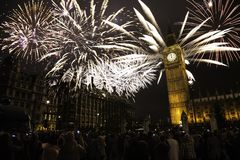 Großbritannien - Ereignisse - neues Jahr ` s Eve Fireworks Stockfoto