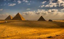 Große ägyptische Pyramiden stockbild