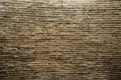 Große alte Backsteinmauer Stockfotografie
