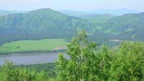 Große Berge stock video
