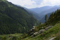 Große Berge lizenzfreies stockfoto