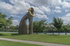 Große Blings-Kunst Installation Stockbilder