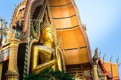 Große Buddha-Statue bei Tiger Cave Temple (Wat Tham Sua), Kanchanab Lizenzfreie Stockbilder