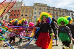 Große Dracheparade ist eine jährliche Veranstaltung, die dem Symbol der Stadt eingeweiht wird, wurde gehalten zuerst im Jahre 200 Stockbilder