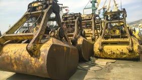 Große Eimer für Hafenlader Dreglayner, hydraulisch und Kabel lizenzfreies stockbild