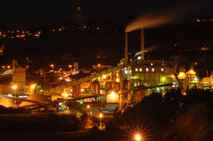 Große Fabrik Lizenzfreie Stockfotos