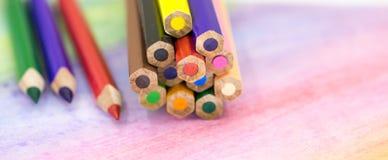 Große farbige Bleistiftnahaufnahme Stockfotografie
