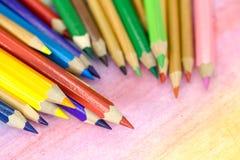 Große farbige Bleistiftnahaufnahme Stockbilder