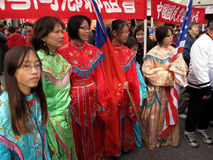 Große Gruppe der Frau am Festival Lizenzfreies Stockfoto