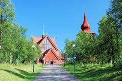 Große hölzerne Sami Kirche Lappland Kiruna Kyrkas Stockfotografie