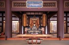Große Halle alter thailändischer Statue Shakyamuni Buddha in Nittai-jitem lizenzfreies stockbild