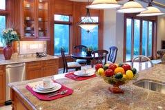 Große Küche Lizenzfreie Stockfotografie