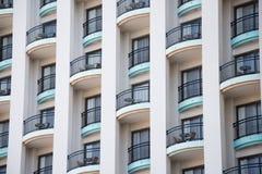 Große Kombination der einfachen Geometrie und der Architektur lizenzfreie stockfotografie