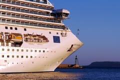 Große Kreuzfahrt Costa Fascinosa, der den Hafen lässt lizenzfreie stockfotos